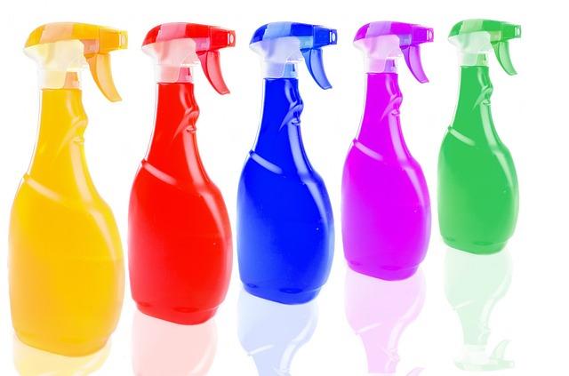 barevné spreje