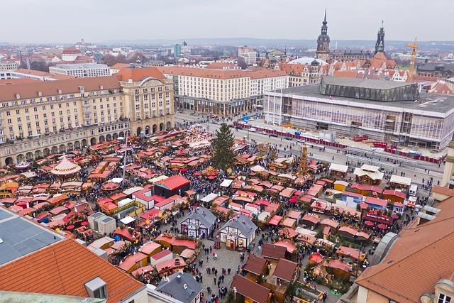 Drážďany vánoční trhy pohled z výšin